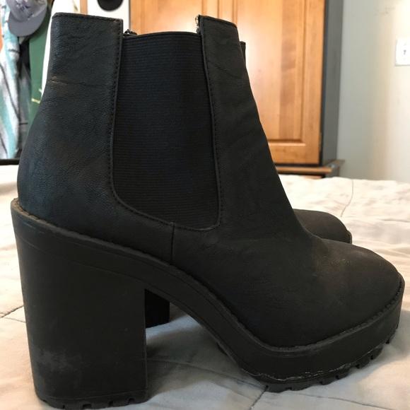 Divided Shoes | Hm Sz 85 Ankle Boots